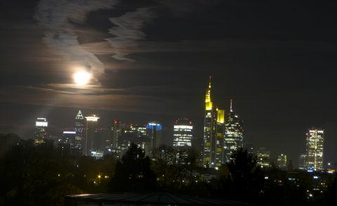Mond-Hochäuser