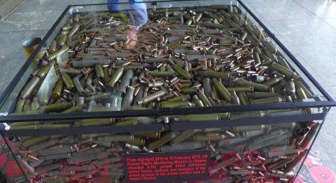 Patronenhülsen vom Krieg in der Ostukraine. Foto: hinsehen.net